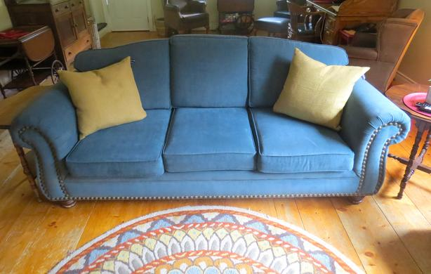 High Quality Sofa and Love Seat