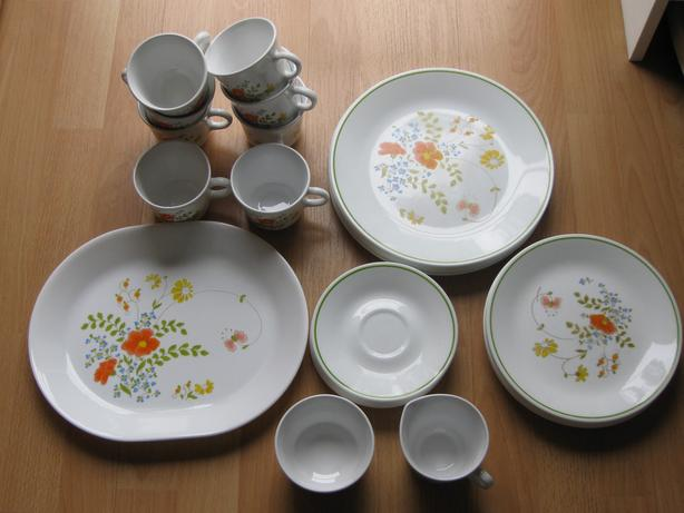 A set of 35-pieces Corelle dinner dishes