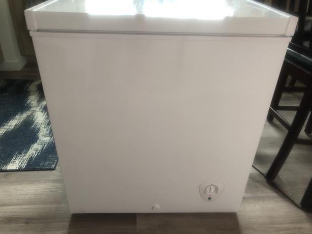 Kenmore 5.0 cubic ft freezer