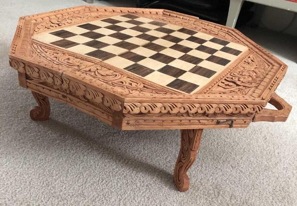 Handcarved backgammon, chess portable games table
