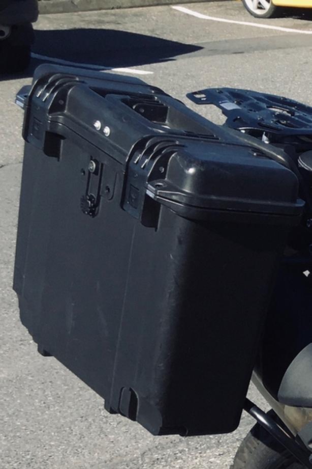 Caribou side cases / Hepco becker rack