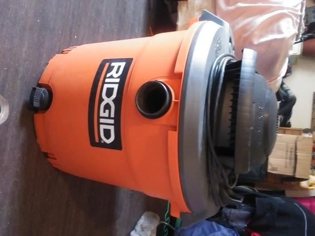 Rigid Vacuum 16Gal