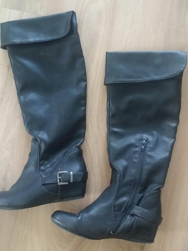Aldo Leather Boots - Size 9