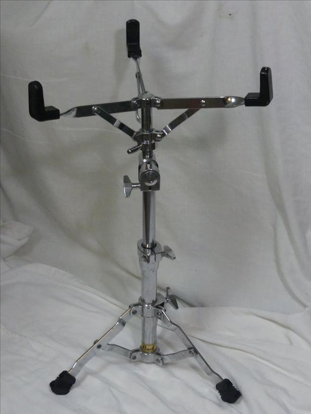 PEARL SNARE STAND GEARLESS TILTER GOLD LABEL