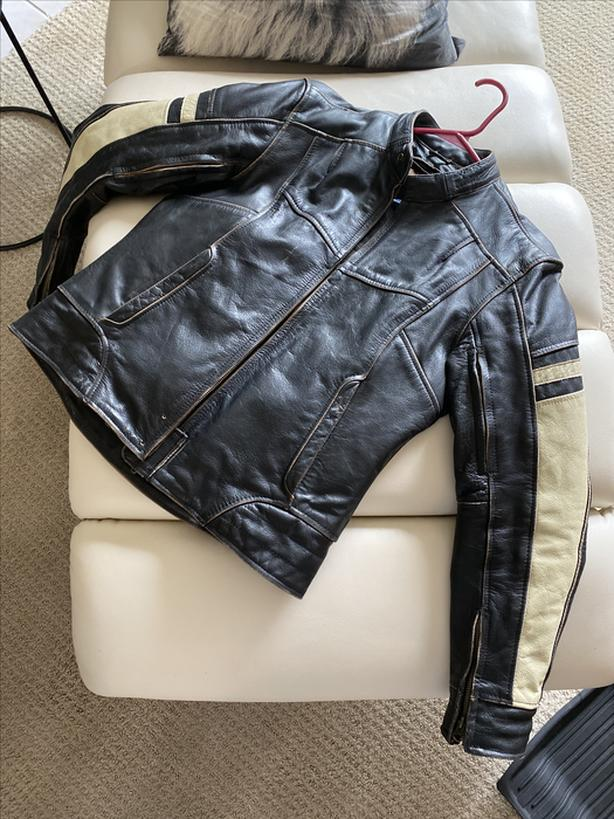 Women's vintage looking leather riding jacket