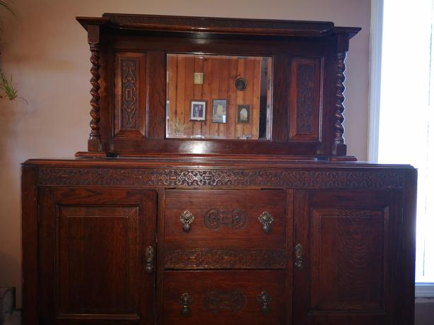 Barley twist oak buffet
