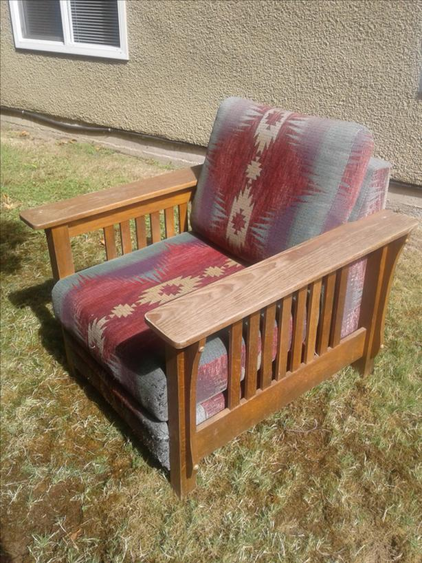 FREE: Comfy Mission-style wooden chair