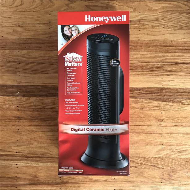Digital Ceramic Heater with Touchscreen by HONEYWELL