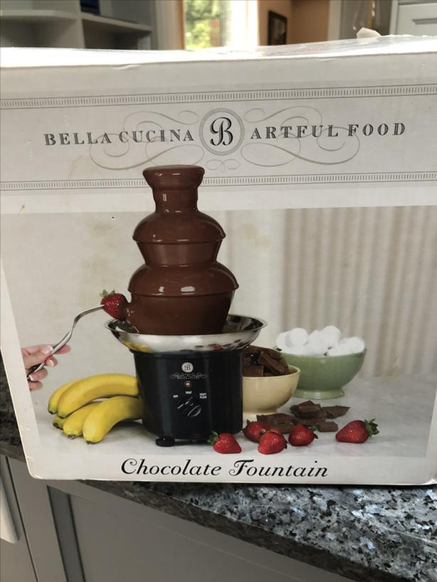 Bella Cucina chocolate fountain