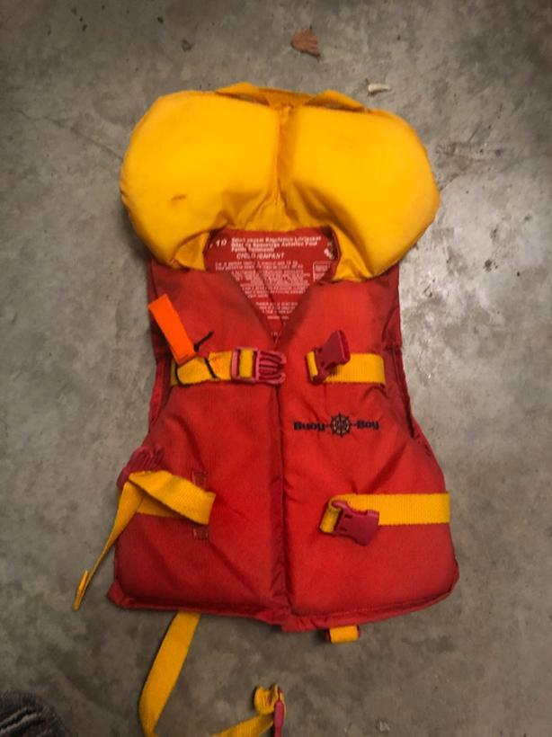 child size life jacket