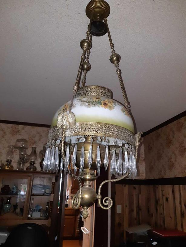 ANTIQUE VICTORIAN PARLOR DINING ROOM HANGING OIL LAMP BRASS FRAME