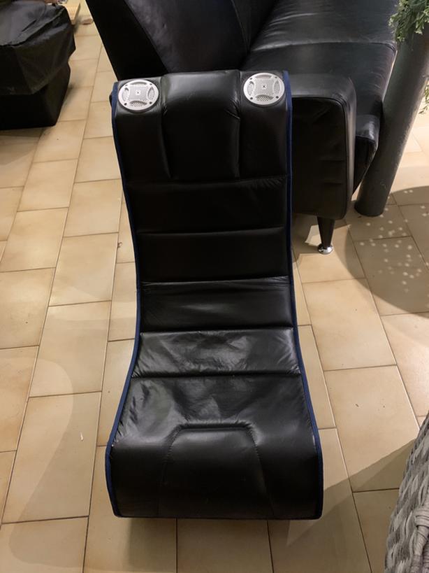 Entertainment chair