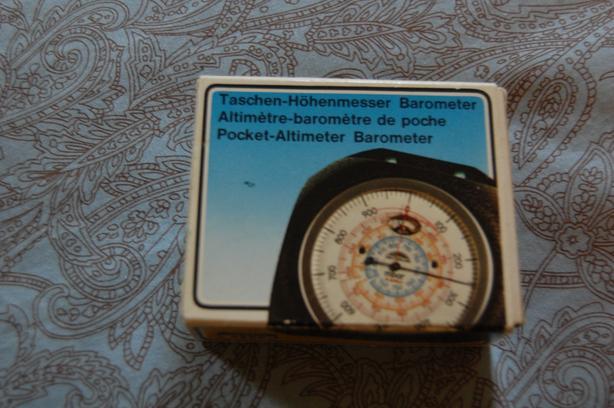 Pocket Altimeter/Barometer