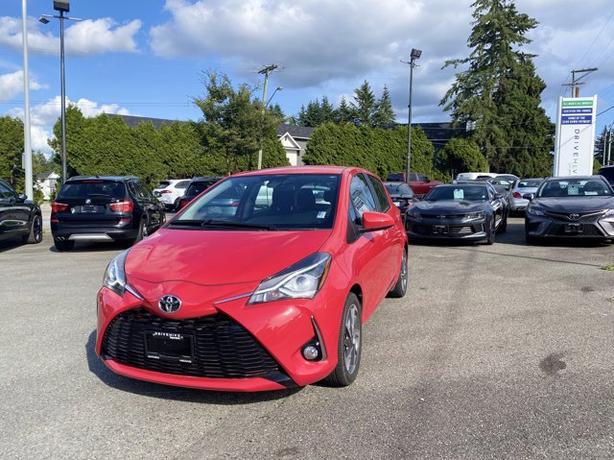 Pre-Owned 2019 Toyota Yaris SE FWD 5D Hatchback