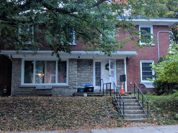 Furnished Bedroom for Rent in Sandy Hill