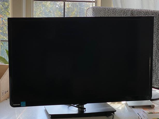 TV / Computer Monitor