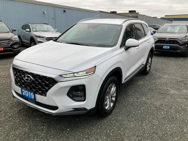 2019 Hyundai Santa Fe ESSENTIAL AWD with Smartsense (safety) package