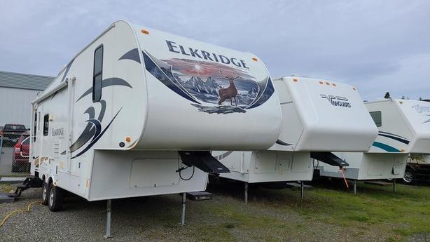 2011 Heartland ElkRidge E24