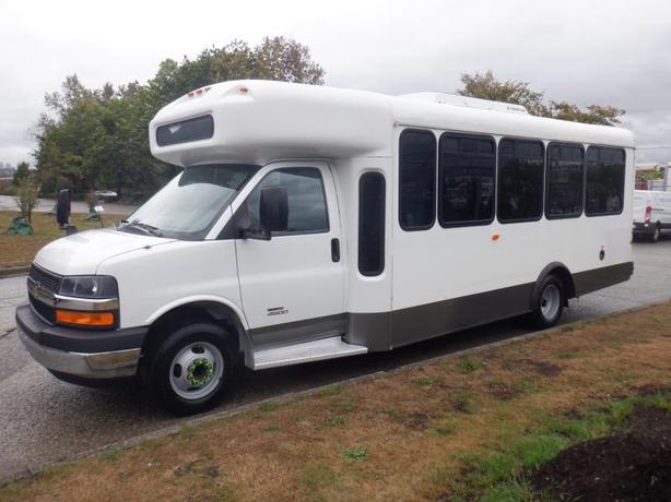 2012 Chevrolet Express G4500 18 Passenger Bus Diesel with Wheelchair Accessibili