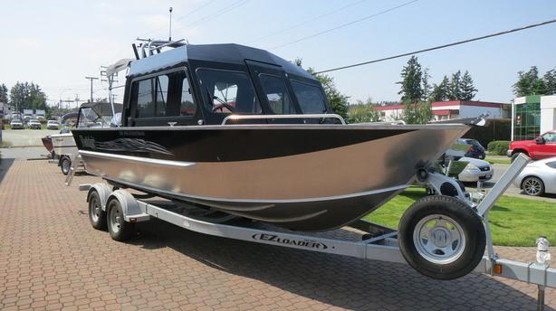 2021 Raider 220 Pro Fisherman