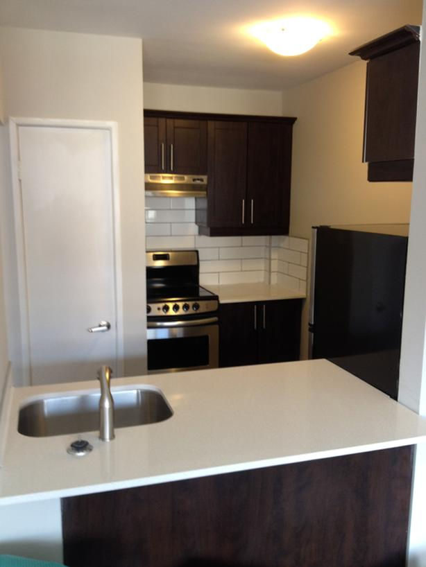 99 Cartier-Golden Triangle- Avail. Jan 1st - $1450/mth-heat and water included