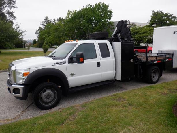 2012 Ford F-550 5 Foot Diesel Flat Deck with Crane 4WD