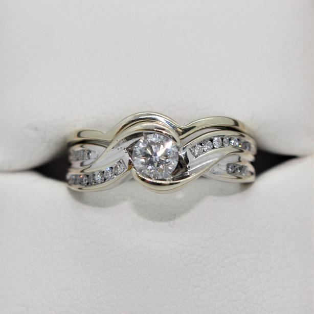 #130286-1 14K White Gold 21 Diamond Ring Set