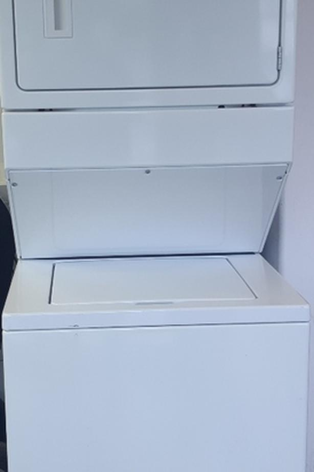 Whirlpool washer and dryer stacker