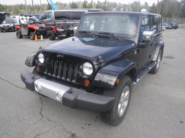 2013 Jeep Wrangler Unlimited Sahara 4WD Manual