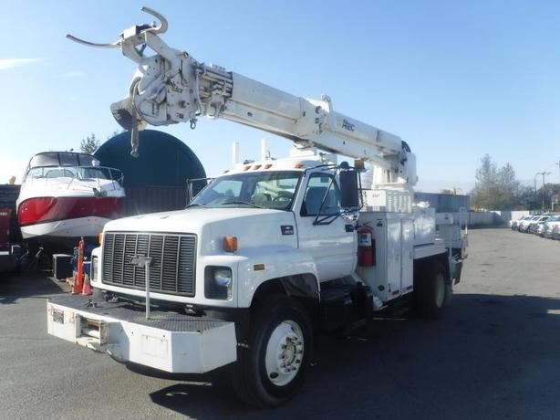 2002 Chevrolet C8500 Diesel Pole Boom Truck with Air Brakes