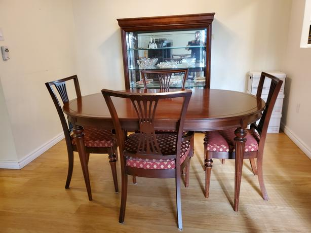 Classic Gibbard Dining Table and Chairs