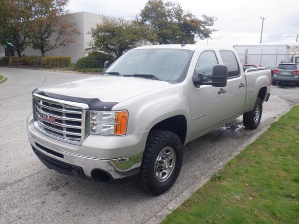 2009 GMC Sierra 2500HD Crew Cab Std. Box 4WD