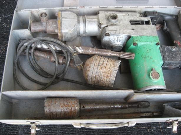 Hammer and demolition drill, heavy duty with extras
