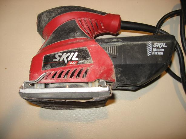 Skil palm sander with micro filter