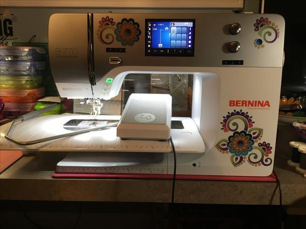BERNINA 770qe sewing machine