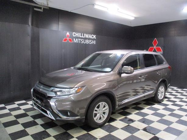Pre-Owned 2020 Mitsubishi Outlander ES 4WD Sport Utility