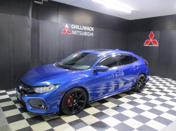 Pre-Owned 2017 Honda Civic Hatchback Sport FWD Hatchback