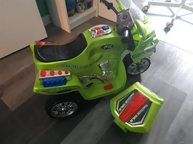 Kid's electric motorcycle