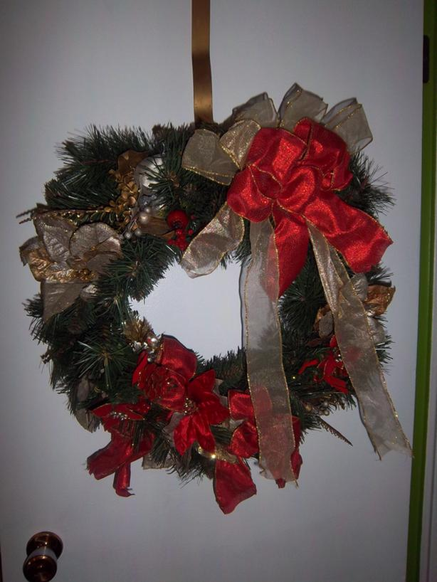 2 different Christmas Wreath
