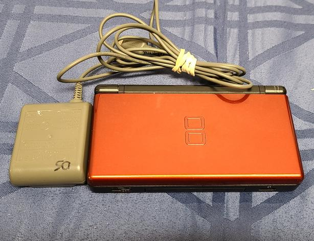 Red Nintendo DS Lite Console