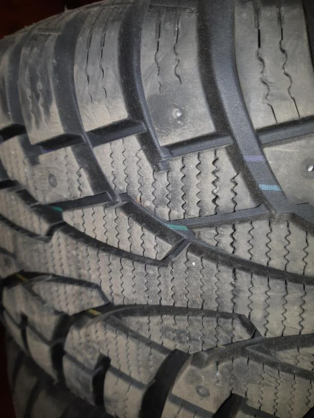 Winter tires: P205/55HR16 (for Toyota Corolla or other cars).