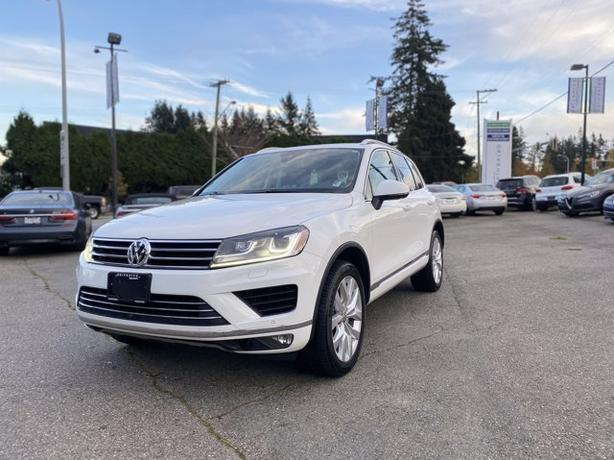 Pre-Owned 2016 Volkswagen Touareg 3.6L AWD 4D Sport Utility