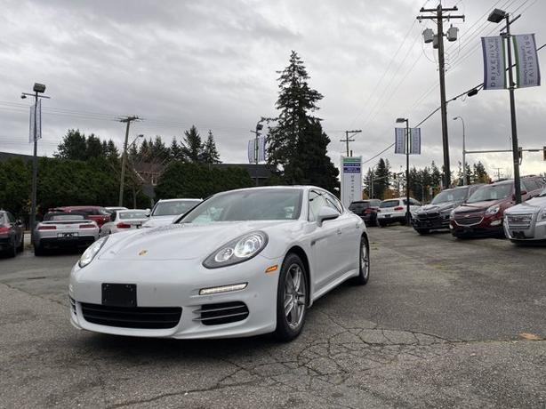 Pre-Owned 2016 Porsche Panamera Executive 4S AWD 4D Hatchback