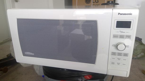 Panasonic 1.6 CuFt Microwave
