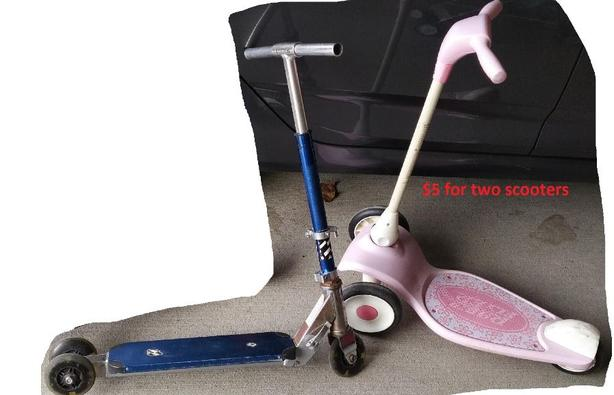 two kids scooters, working well $5 for two