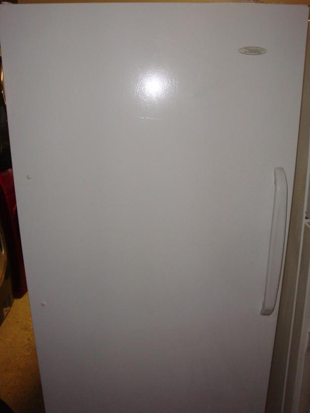"Danby frost free fridge,no freezer 30"" wide and 65 3/4"" height"