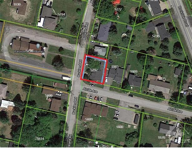 Selling land value, great investment property!