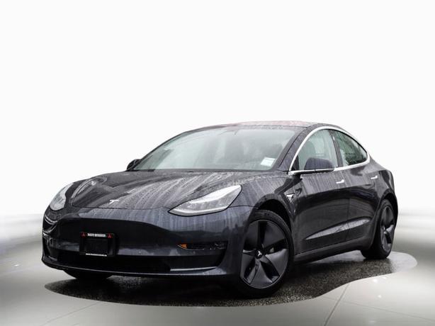 2018 Tesla Model 3 Dual Motor, Long range. Local AWD