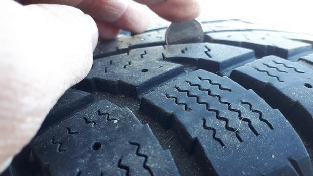 Used Winter Tires on Rims – 225/70R16 (KIA Sedona) $200