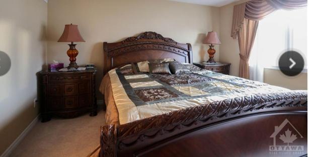 Luxurious bedroom set